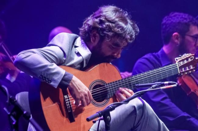 El Auditorio de El Ejido acogió un emotivo concierto de Palo Santo