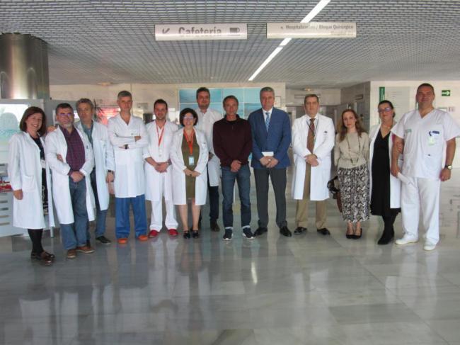 El delegado de Salud y Familias visita el Hospital de Alta Resolución El Toyo