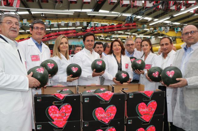 El alcalde de El Ejido felicita al Grupo AGF en su apuesta por #QueNadaTePare
