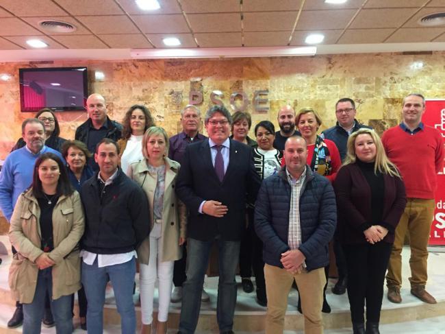Mena vuelve a liderar al candidatura del PSOE en Albox tras cumplir condena