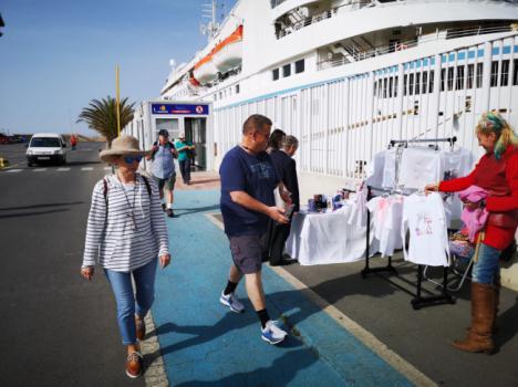 Los cruceristas del velero Wind Star conocerán el Jueves Santo almeriense
