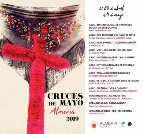Arrancan las Cruces de Mayo de Almería hasta el 4 de mayo