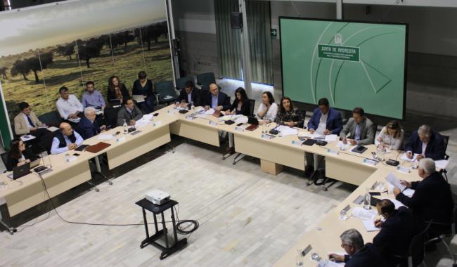 Crespo da voz a los interlocutores agrarios en la elaboración de un Plan