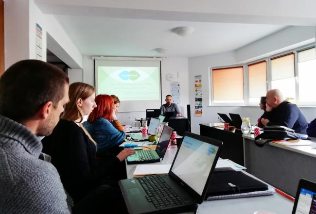 Verdiblanca reune a formadores en Rumanía con el europeo 'Code-n-social'