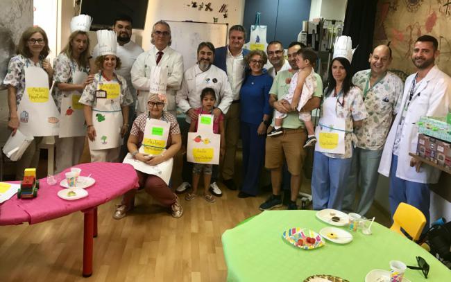 Desayuno saludable con los niños ingresados en Torrecárdenas