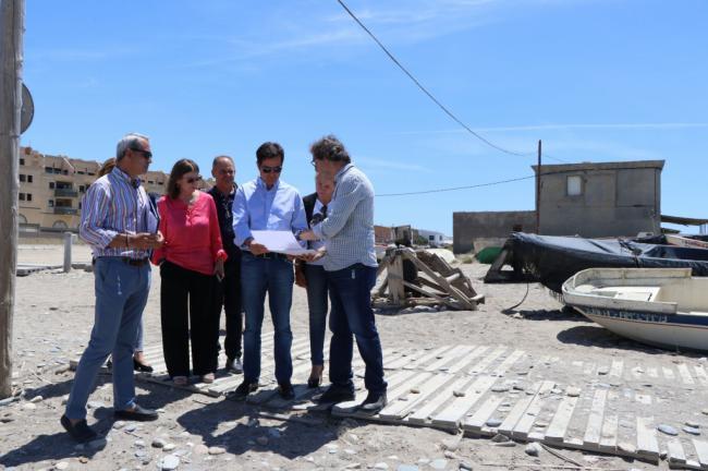 Ayuntamiento y Junta de Andalucía harán una rampa para embarcaciones en Balerma