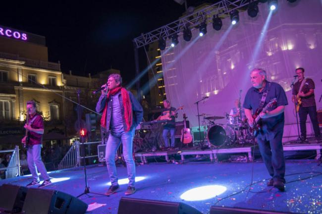 Danza Invisible llena de vitalidad y sabor de amor la noche de Almería