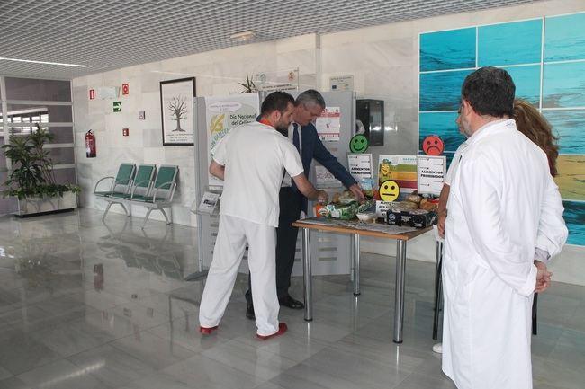 El Hospital El Toyo se suma a la celebración del Día del Celiaco
