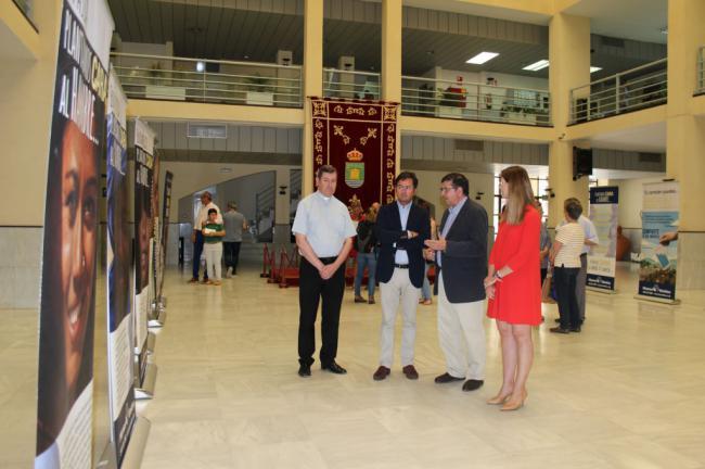 Exposición de Manos Unidas en el Ayuntamiento de El Ejido