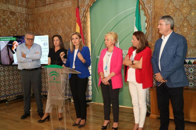 El Gobierno andaluz presume de hacer de Almería una 'prioridad' en los presupuestos de 2019