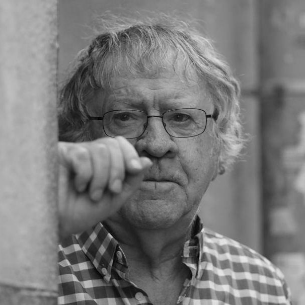Ian Gibson y la poesía de Lorca en 'Como Canta un Poeta' en el Teatro Apolo