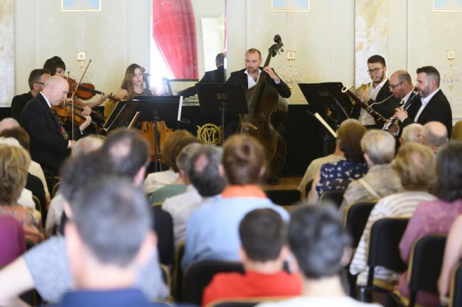 Brillante domingo musical con el octeto de la OCAL