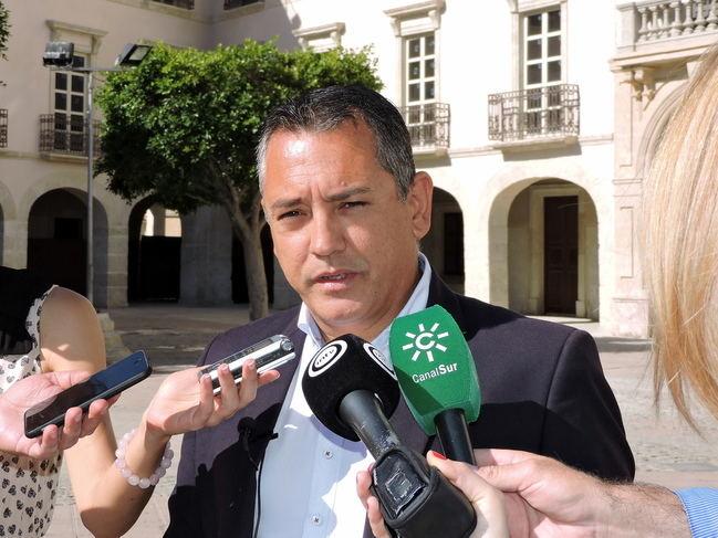 El PSOE dice que el PP ya tenía un pacto con Vox antes de las elecciones