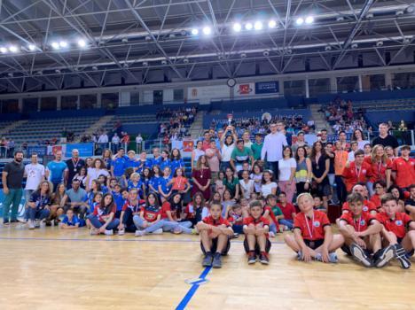 El C.N. Almería obtiene el primer premio por equipos en los JDM de Natación