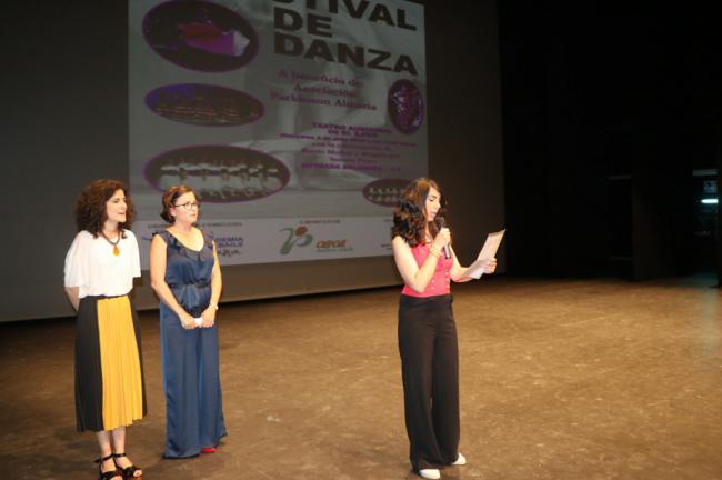 El Teatro de El Ejido acoge el Festival de Danza Solidario con la Asociación de Parkinson