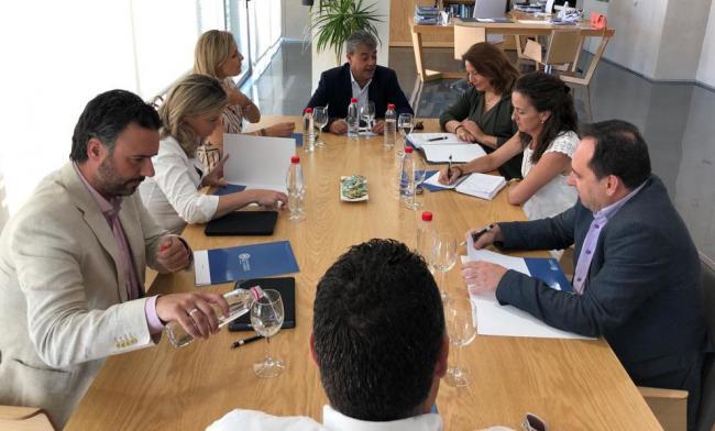 La Junta y la UAL preparan una plataforma de innovación agroalimentaria