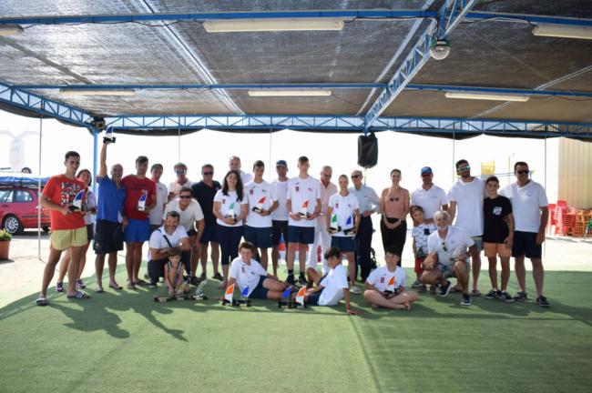 Los ganadores de la XXIX Regata Virgen del Carmen 2019 de Almerimar reciben sus trofeos en el Club Náutico