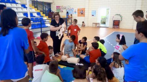 El Área de Gestión Sanitaria Norte de Almería participa en la Escuela de Verano de Macael