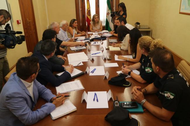 Los enganches eléctricos ilegales por la marihuana pueden llegar al 80% en algunos barrios de Almería