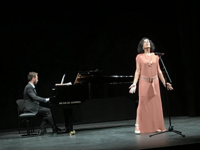 Jóvenes valores exhiben su talento en la Gala Lírica celebrada en el Teatro Apolo