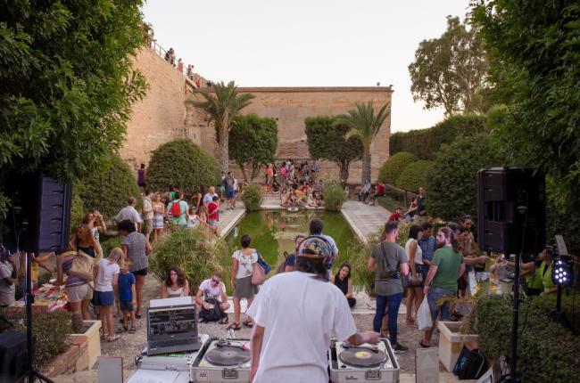 Vuelve el disco de vinilo a las Noches de Alcazaba