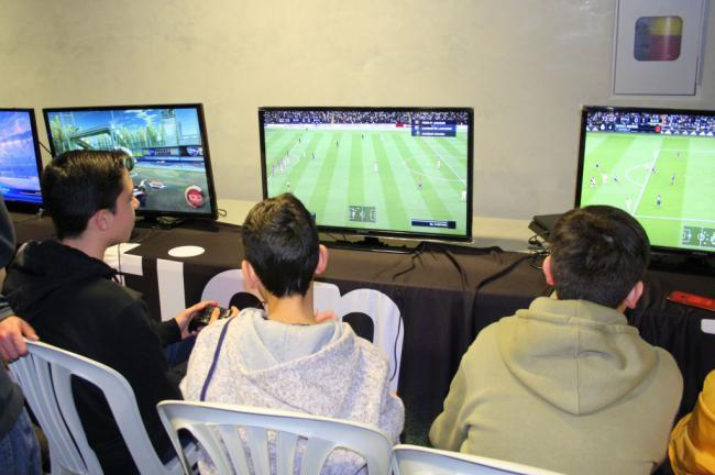 El mundo de los videojuegos llega a Santa María del Águila