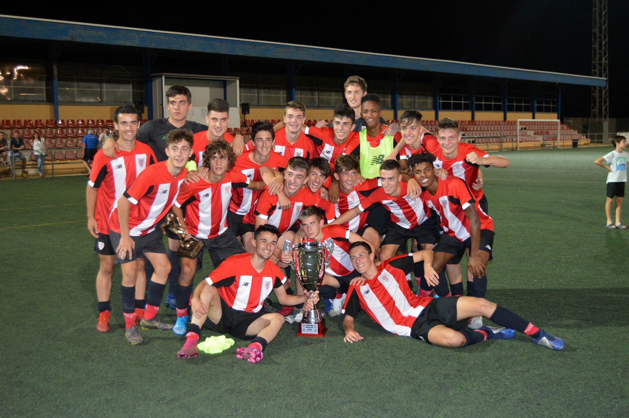 Los cachorros del Athletic de Bilbao ganan el VII Torneo de Fútbol Juvenil