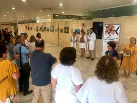 Exposición de pintura en el Día Mundial del Alzheimer en el Hospital de Huercal-Overa