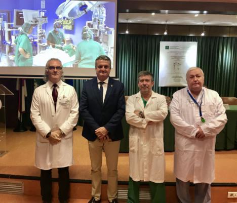 Torrecárdenas realiza por primera vez en Andalucía una intervención a dos bebés que nacieron sin esófago
