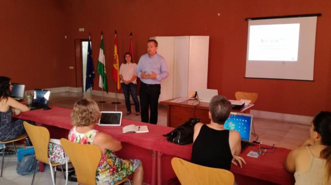 Andalucía Lab pone en marcha 13 talleres para profesionales turísticos de Almería