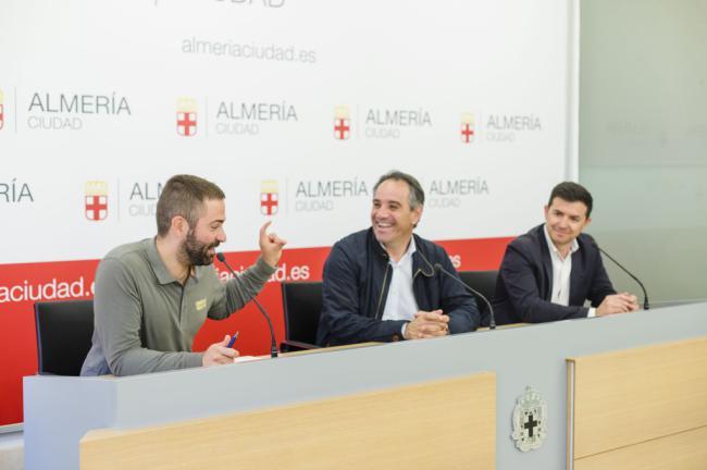 Almería recibe a 150 ciclistas de Andalucía que pedalearán en el IV Critérium Ciclista