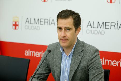 """Castellón: """"El PSOE se ha convertido en un problema para Almería y los almerienses"""""""