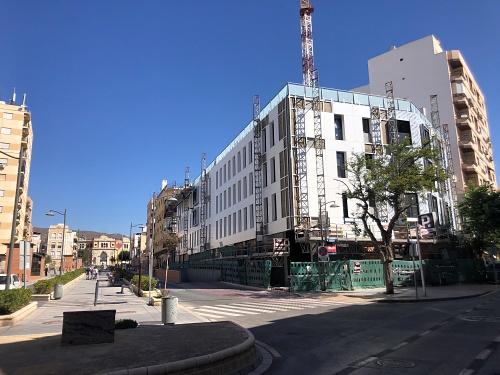 Recta final de las 29 viviendas promovidas por 'Almería XXI' en la Avenida de Vilches