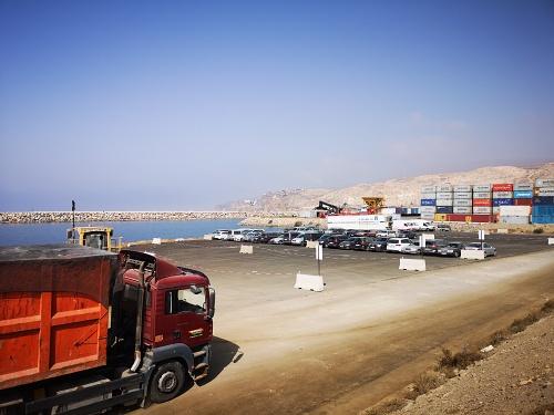 La nueva explanada ganada al mar en el Puerto de Almería ya está operativa