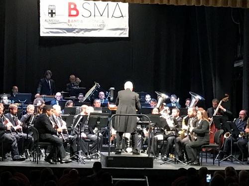 La Banda Sinfónica pone música a la labor de la Fundación Poco Frecuente