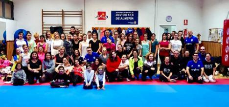 60 mujeres se forman en defensa personal con la EDM Alianza KSV