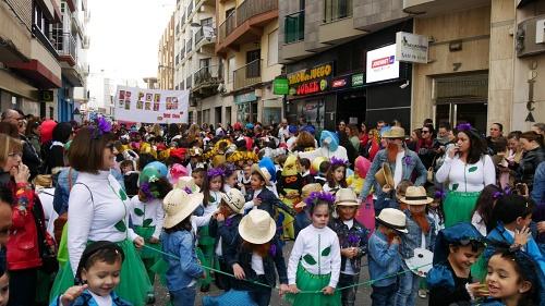 2.000 niños en el VIII Pasacalles Infantil del Carnaval de Adra 2020