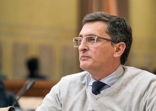 Sánchez Teruel le pone al PSOE la 'medalla' de un edificio para la UAL en el centro