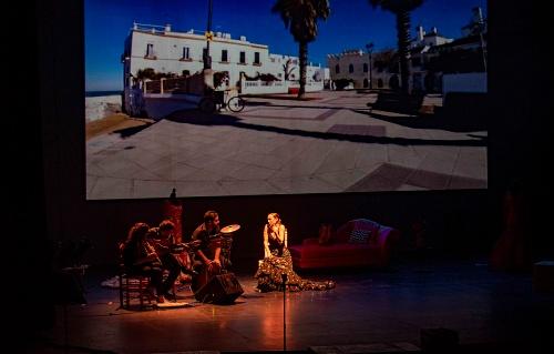 Anabel Dueñas lleva a la gran Rocío Jurado 'Como una ola'