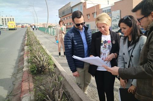 La Junta inicia la construcción de la vía ciclista en el puente de la Avenida del Mediterráneo
