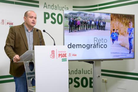 El PSOE exige a Junta y Diputación que actúen para frenar la despoblación