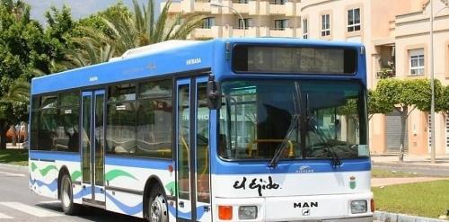 El Ayuntamiento de El Ejido deja en la mitad el servicio de bus por #COVID19