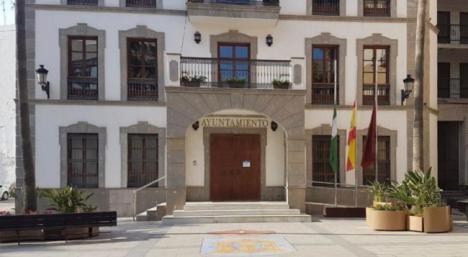 Luto en el Ayuntamiento de Adra por las víctimas del #COVID19