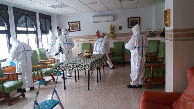 El INFOCA ha desinfectado Sierro y el miércoles Lucainena