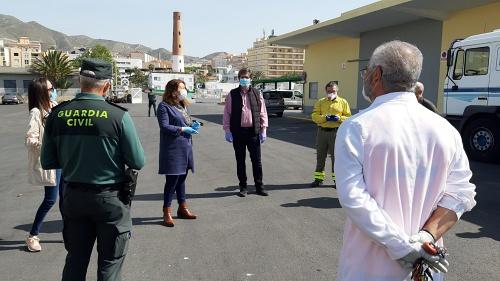 El Infoca realiza labores de desinfección en la ciudad de Adra