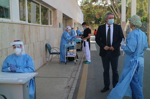 La Junta realiza test rápidos al personal de Ayuda a Domicilio en Almería
