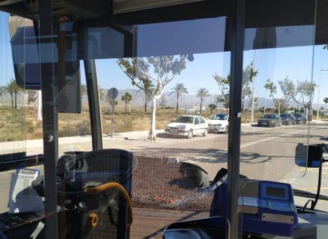 Solo 5 de los 60 vehículos de Surbús tienen mamparas contra #COVID19