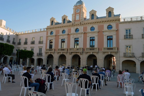 La Banda Municipal de Almería vuelve a recibir aplausos en directo el Día de la Música