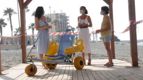 Las playas de Adra presentan puntos de accesibilidad