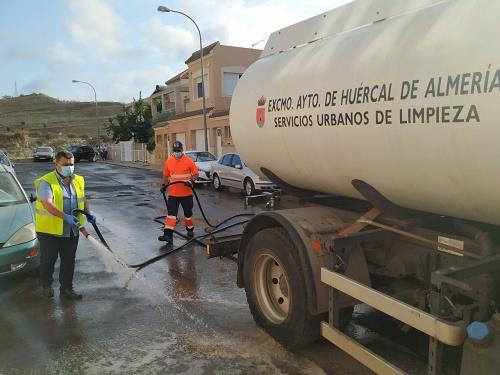 El Ayuntamiento de Huércal de Almería duplica las tareas de desinfección
